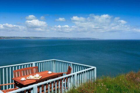 Holiday-cottage-photographer-start-point-lighthouse-02