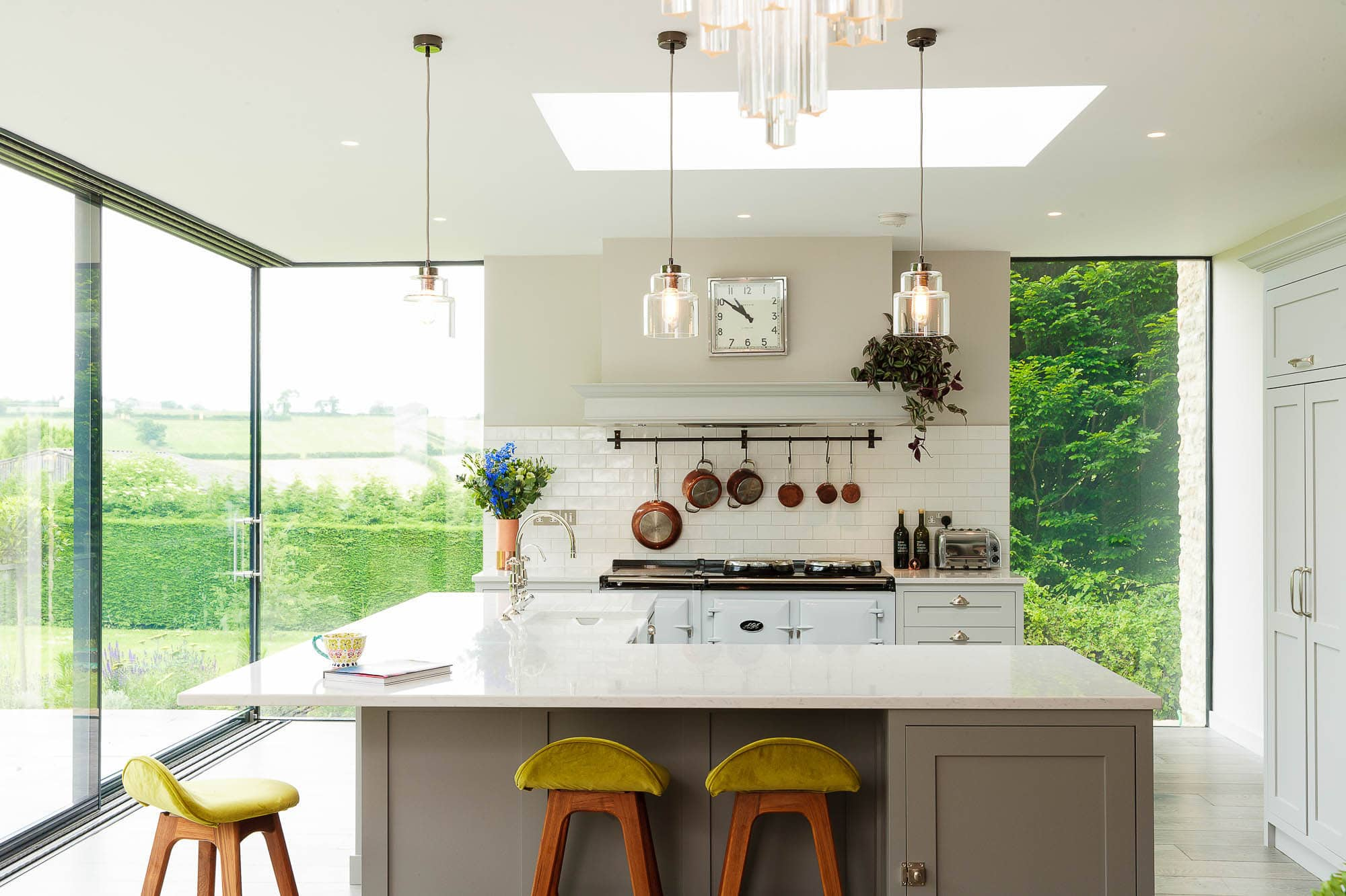 Kitchen-photographer-glass-and-grey-02