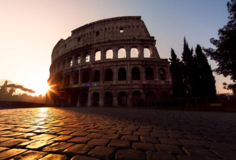 Trip-photography-rome-colosseum-at-dawn