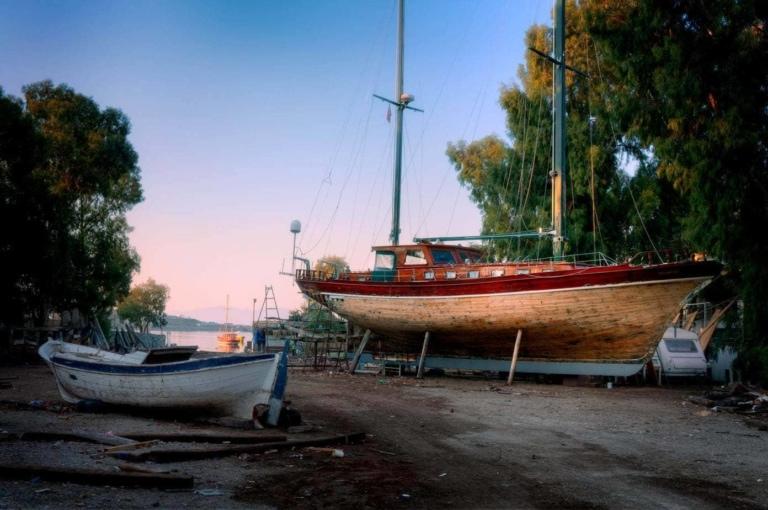 Gulet-boat-yard-turkey-travel-photography-portfolio