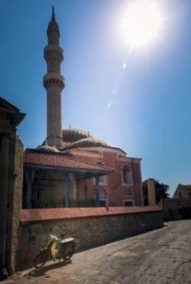Honda-90-and-mosque-rhodes-greece