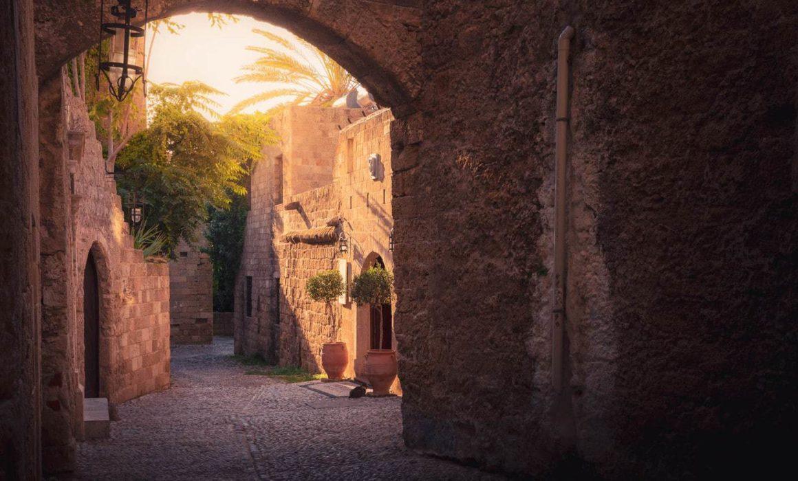 Travel-photography-portfolio-arches-rhodes-old-town