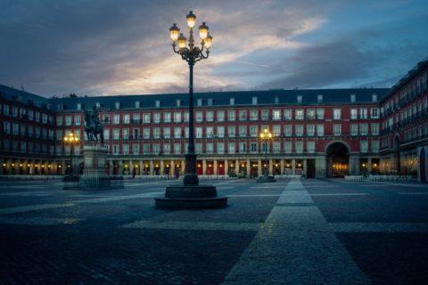 Dawn-plaza-mayor-madrid